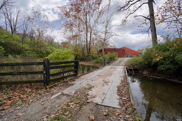 Farm, Traditional - Fairfield Twp, OH (photo 2)