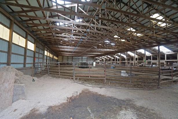 Farm, Traditional - Fairfield Twp, OH (photo 3)