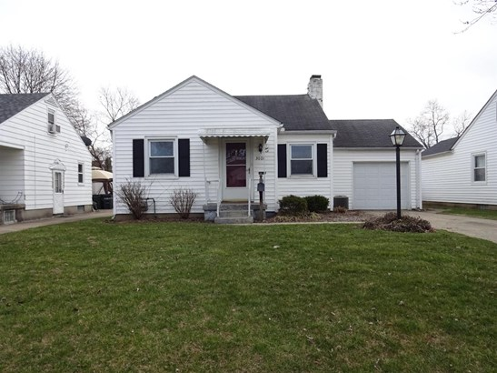 Single Family Residence, Ranch - Middletown, OH (photo 1)