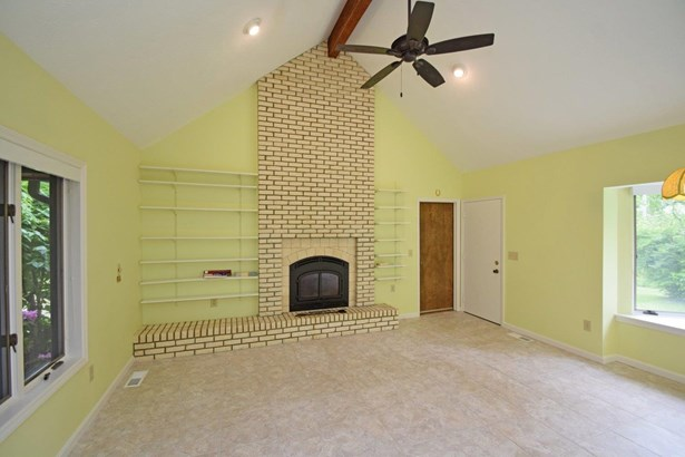 Single Family Residence, Contemporary - Monroe Twp, OH (photo 4)