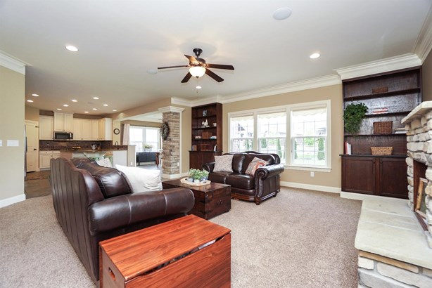 Transitional, Single Family Residence - Deerfield Twp., OH (photo 5)