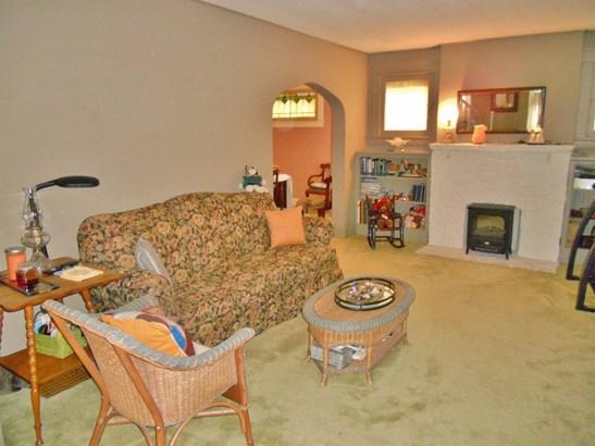 Single Family Residence, Traditional,Cape Cod - Cincinnati, OH (photo 4)