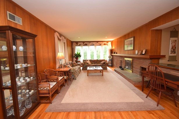 Single Family Residence, Ranch - Springfield Twp., OH (photo 3)