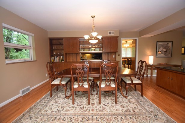 Single Family Residence, Ranch - Springfield Twp., OH (photo 5)