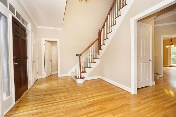 Single Family Residence, Traditional - Blue Ash, OH (photo 3)