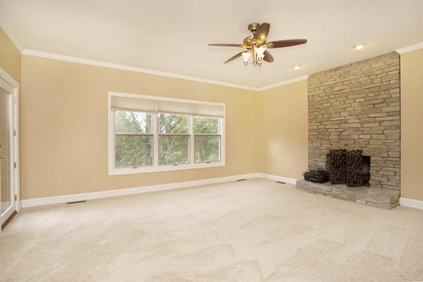 Single Family Residence, Traditional - Blue Ash, OH (photo 5)