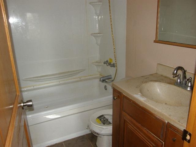 Cape Cod, Single Family Residence - Trenton, OH (photo 4)