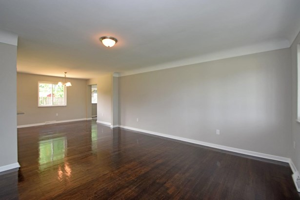 Single Family Residence, Ranch - Harrison, OH (photo 3)