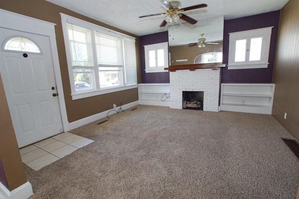 Cape Cod, Single Family Residence - Hamilton, OH (photo 5)