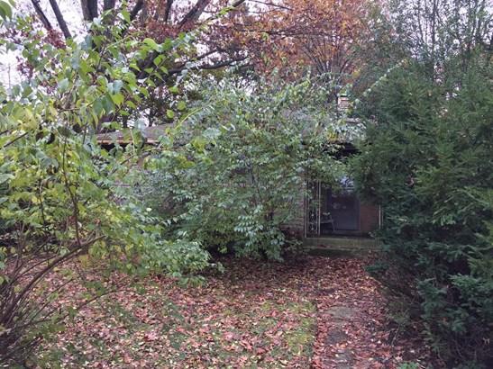 Single Family Residence, Ranch - Cincinnati, OH (photo 2)