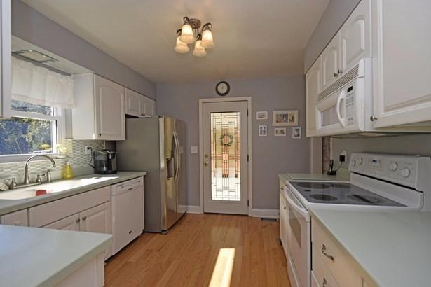 Single Family Residence, Contemporary/Modern,Transitional - Cincinnati, OH (photo 4)