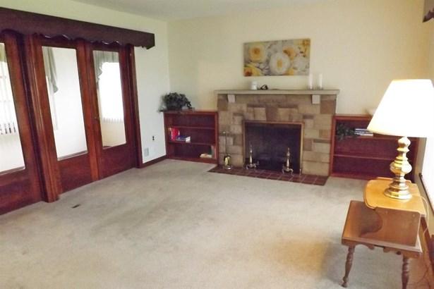 Single Family Residence, Ranch - Bethel, OH (photo 3)
