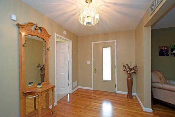 Single Family Residence, Traditional,Ranch - Amberley, OH (photo 2)
