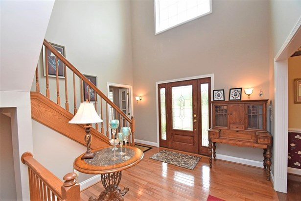 Single Family Residence, Traditional - Harrison, OH (photo 3)