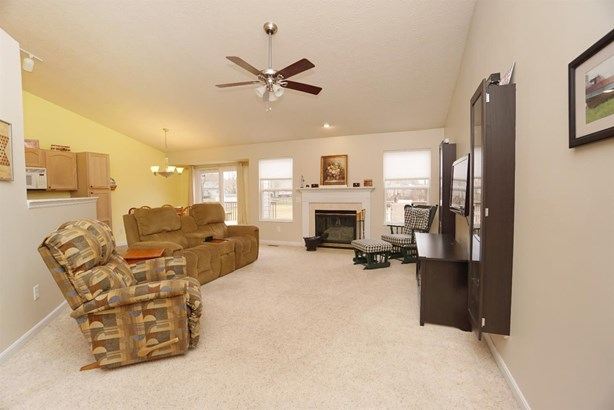 Single Family Residence, Ranch - Goshen Twp, OH (photo 5)