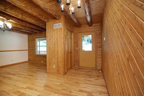 Single Family Residence, Log - Ohio Twp, OH (photo 3)