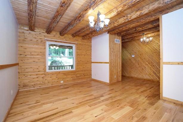 Single Family Residence, Log - Ohio Twp, OH (photo 4)