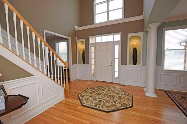 Transitional, Single Family Residence - Monroe Twp, OH (photo 2)