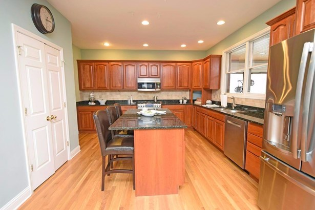 Transitional, Single Family Residence - Monroe Twp, OH (photo 5)