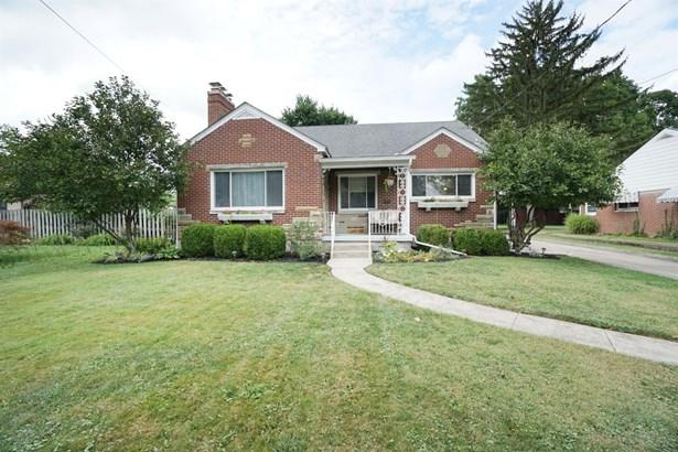 Cape Cod, Single Family Residence - Lebanon, OH