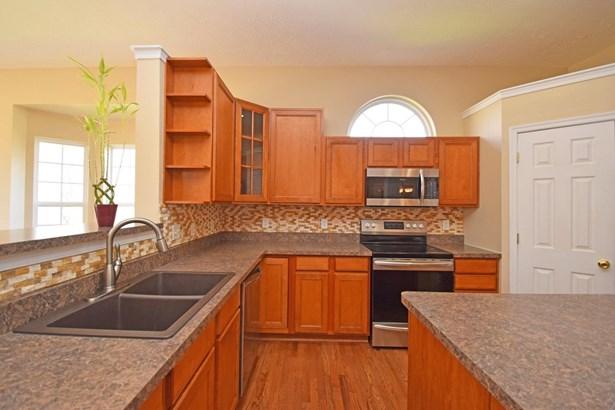 Single Family Residence, Ranch - Fairfield Twp, OH (photo 4)