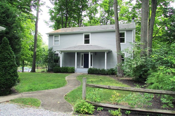 Transitional, Single Family Residence - Perry Twp, OH (photo 1)
