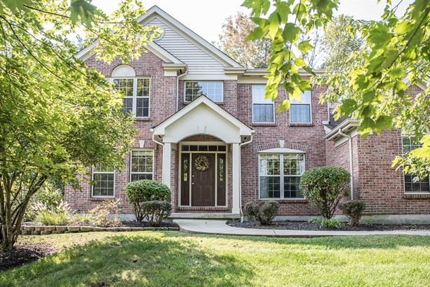 Transitional, Single Family Residence - Hamilton Twp, OH (photo 1)