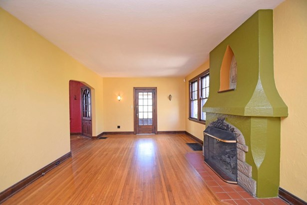 Tudor, Single Family Residence - Cincinnati, OH (photo 5)