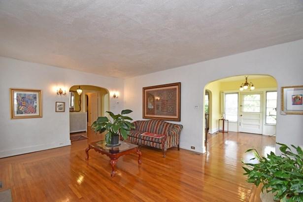 Tudor, Single Family Residence - Cincinnati, OH (photo 4)