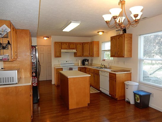 Single Family Residence, Traditional - Maineville, OH (photo 4)