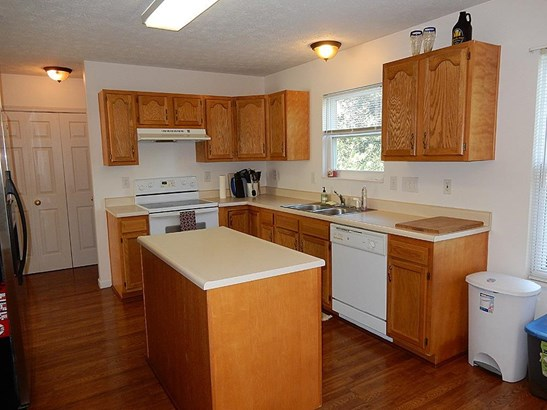 Single Family Residence, Traditional - Maineville, OH (photo 5)