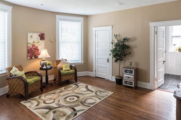 Single Family Residence, Victorian - Cincinnati, OH (photo 4)