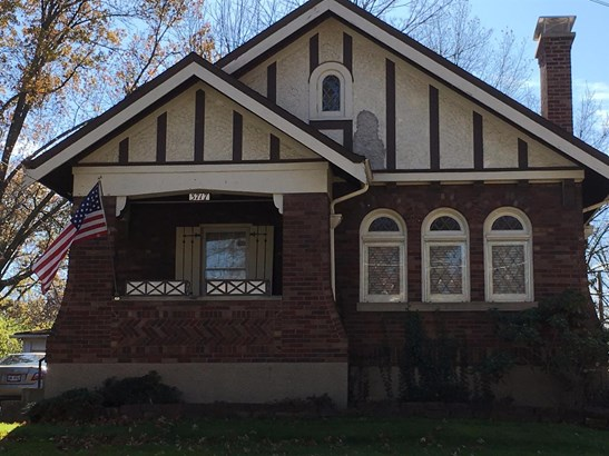 Single Family Residence, Craftsman/Bungalow - Silverton, OH (photo 1)