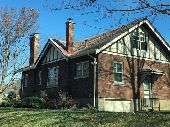 Single Family Residence, Craftsman/Bungalow - Silverton, OH (photo 2)