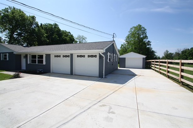 Single Family Residence, Ranch - Harrison Twp, OH (photo 2)