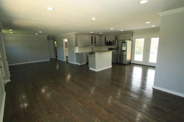 Single Family Residence, Ranch - Harrison Twp, OH (photo 4)