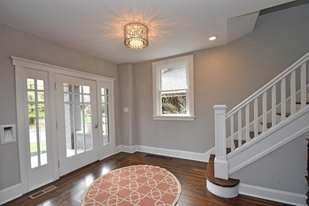 Craftsman/Bungalow,Traditional, Single Family Residence - Cincinnati, OH (photo 3)