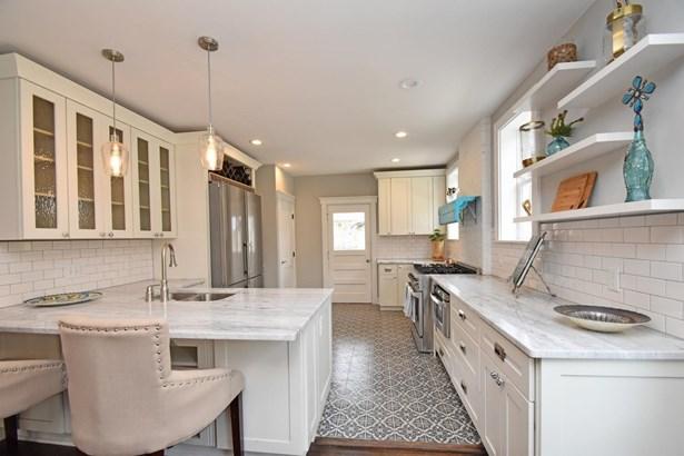 Craftsman/Bungalow,Traditional, Single Family Residence - Cincinnati, OH (photo 5)