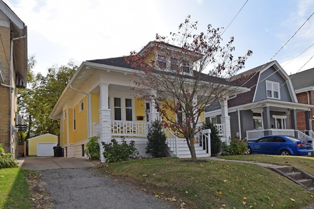 Single Family Residence, Craftsman/Bungalow - Norwood, OH