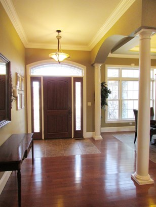 Single Family Residence, Contemporary/Modern,Transitional - Perry Twp, OH (photo 3)
