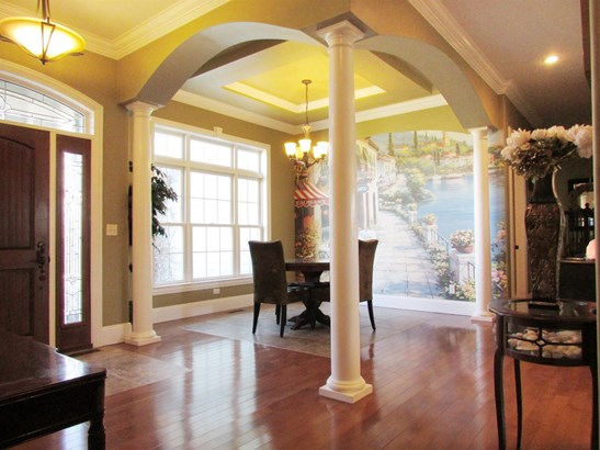 Single Family Residence, Contemporary/Modern,Transitional - Perry Twp, OH (photo 5)