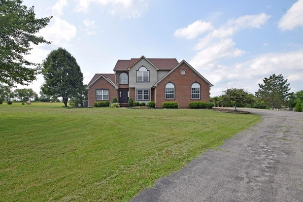 Single Family Residence, Traditional - Milford Twp, OH (photo 1)