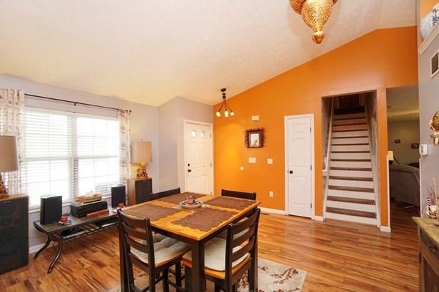 Single Family Residence, Traditional,Transitional - Trenton, OH (photo 4)