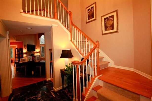 Single Family Residence, Traditional - Whitewater Twp, OH (photo 4)