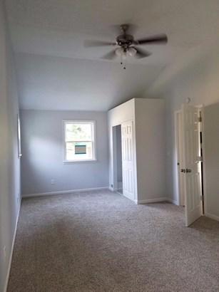 Single Family Residence, Ranch - Wayne Twp, OH (photo 3)
