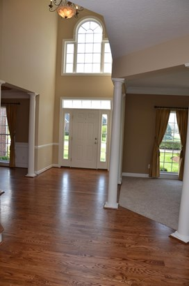 Transitional, Single Family Residence - Turtle Creek Twp, OH (photo 3)