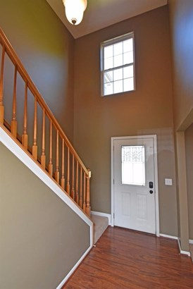 Single Family Residence, Traditional - Cleves, OH (photo 2)