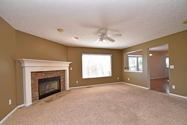 Single Family Residence, Traditional - Cleves, OH (photo 5)
