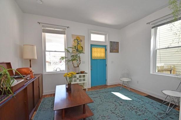 Single Family Residence, Italianate - Cincinnati, OH (photo 5)