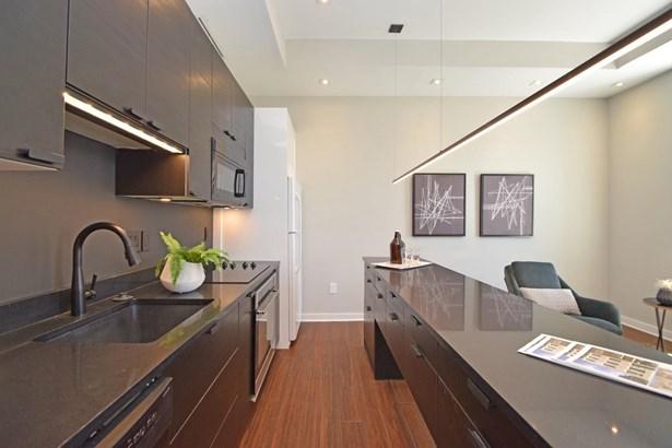 Condominium, Italianate - Cincinnati, OH (photo 4)